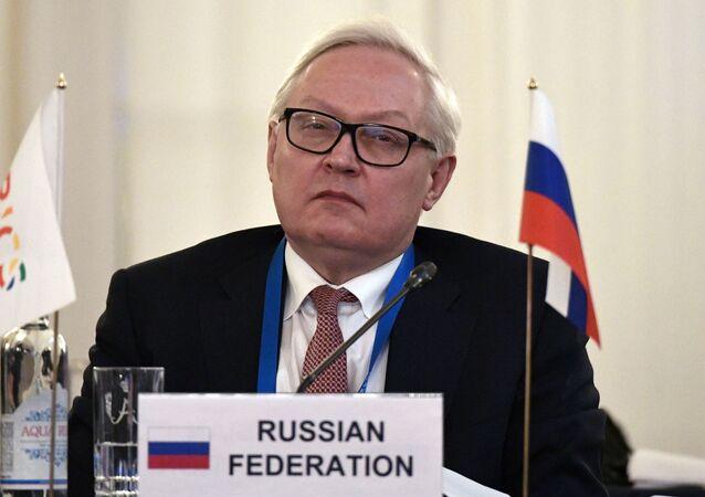 Em São Petersburgo, o vice-ministro das Relações Exteriores da Rússia, Sergey Ryabkov, participa de reunião de representantes e vice-representantes dos BRICS, em 12 de fevereiro de 2020.