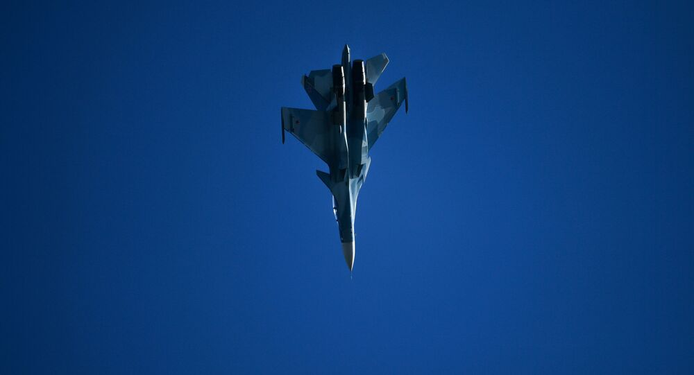 Caça russo Su-30SM (imagem referencial)