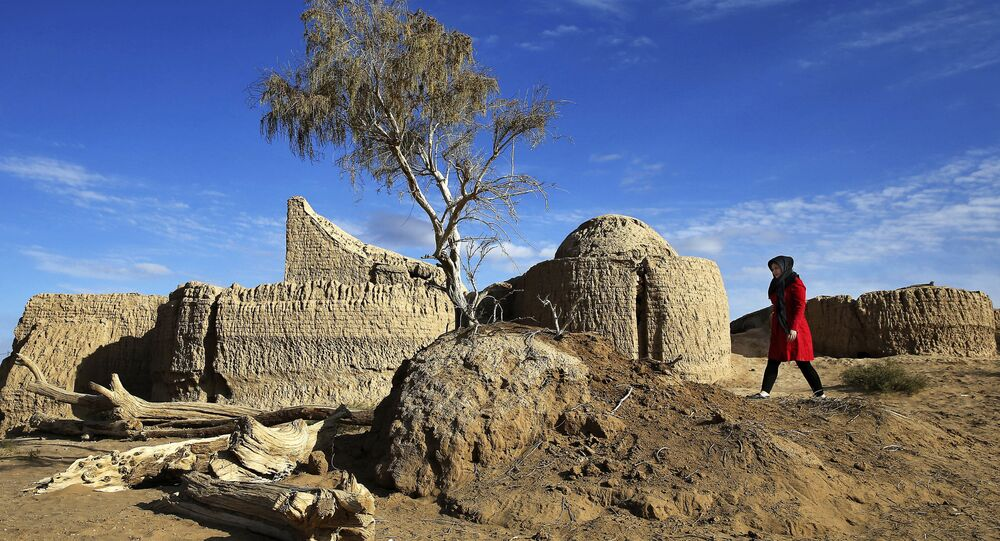 Estruturas em deserto do Irã