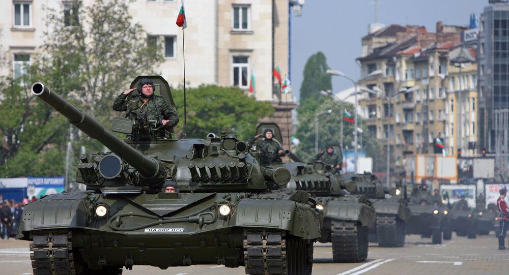 Segundo promotoria, suspeitos estariam envolvidos na coleta de informações sobre o exército búlgaro