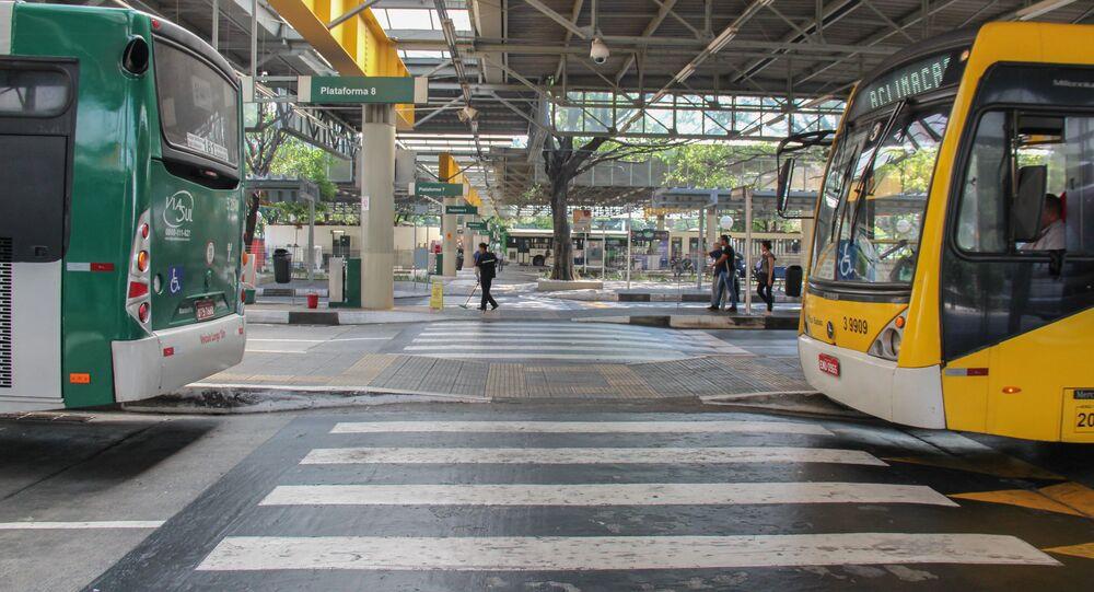 Movimentação no terminal Princesa Isabel, em São Paulo (SP).