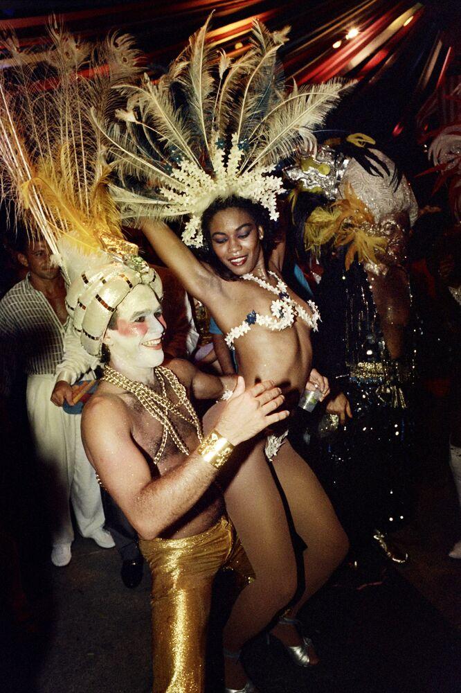 Sambistas no Carnaval do Rio de Janeiro, 4 de fevereiro de 1989