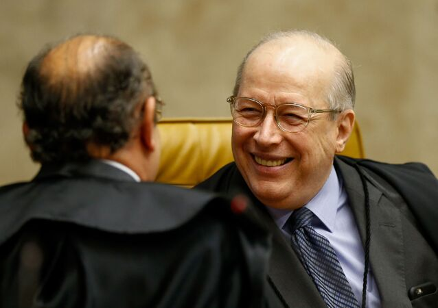 Celso de Mello durante votação do habeas corpus do ex-presidente Lula, que visa impedir o cumprimento da pena de prisão após confirmação da sentença em 2ª instância