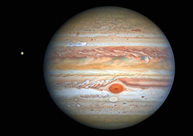 Fotografia de Júpiter tirada pelo telescópio espacial Hubble em 25 de agosto, revelando dados sobre o clima do planeta