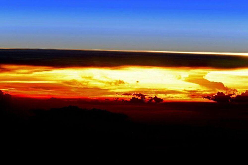 Planeta Terra visto da Estação Espacial Internacional