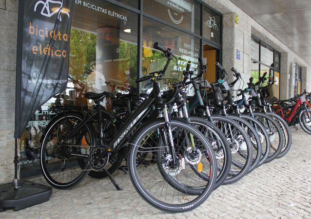 Procura por bicicletas novas dispara em Lisboa com programa municipal que reembolsa moradores