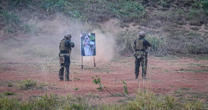 Adestramento conjunto de salto livre operacional (SLOP) entre as Forças Singulares: Marinha do Brasil, Exército Brasileiro e Força Aérea Brasileira