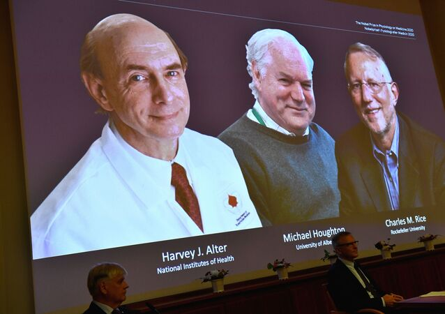 Harvey J. Alter, Michael Houghton e Charles M. Rice, vencedores do Prêmio Nobel de Medicina 2020
