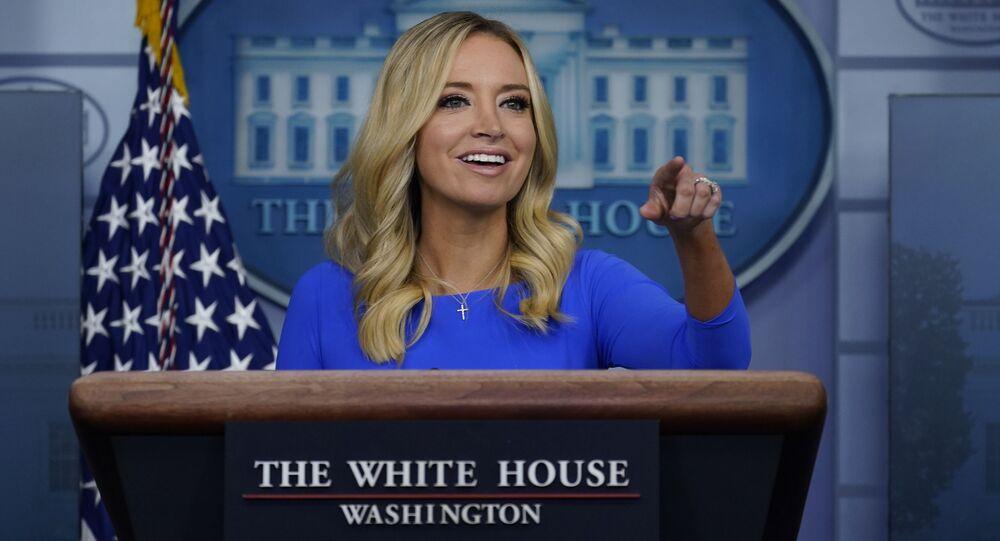 A porta-voz da Casa Branca, Kayleigh McEnany, durante entrevista coletiva na Casa Branca.