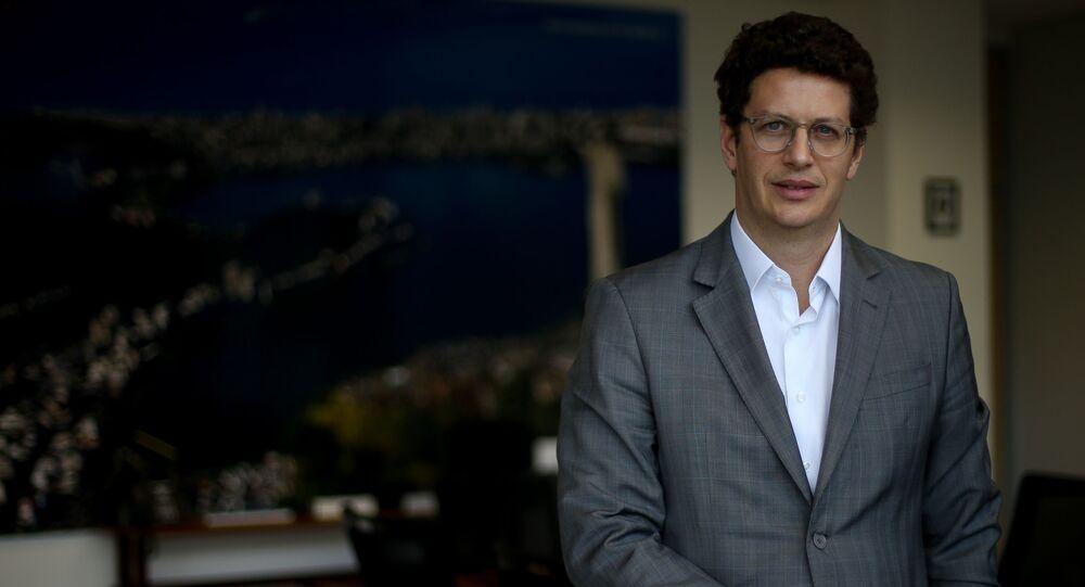 Ministro do Meio Ambiente, Ricardo Salles, em seu gabinete em Brasília