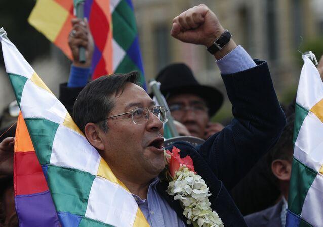 Candidato a presidente pelo MAS, Luis Arce, nas eleições bolivianas