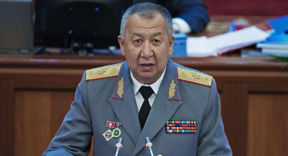 Kubatbek Boronov no Parlamento da República do Quirguistão