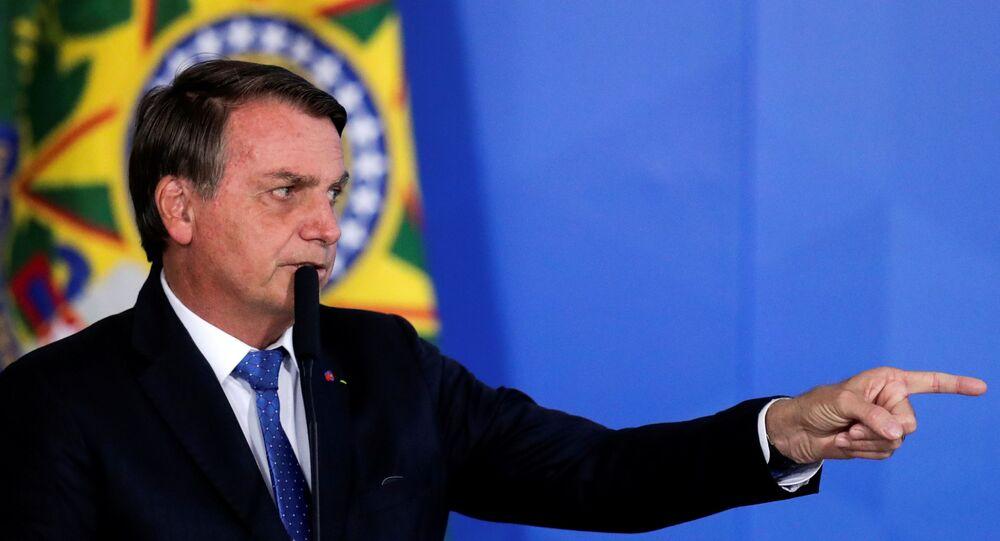 Presidente do Brasil, Jair Bolsonaro anuncia fim da Operação Lava Jato, no Palácio do Planalto, Brasília, 7 de outubro de 2020