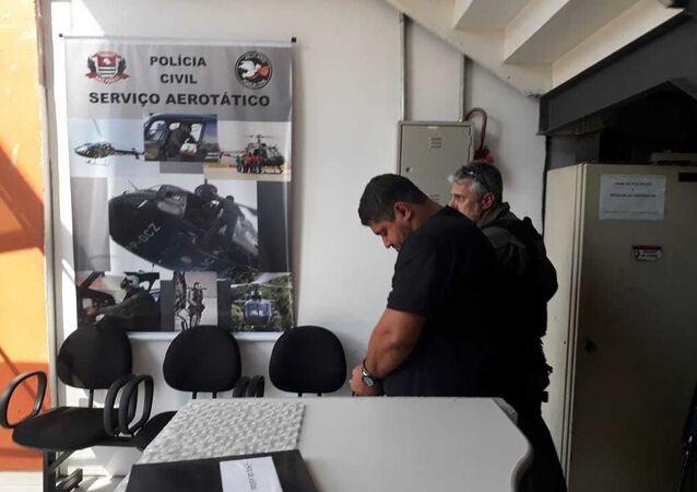 André de Oliveira Macedo, conhecido como André do Rap, preso em condomínio de luxo, em Angra dos Reis