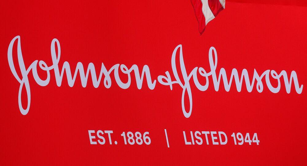 Logo da Johnson & Johnson em Nova York, Estados Unidos, em 17 de setembro de 2019