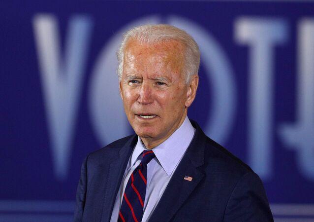 Candidato à presidência dos EUA pelo Partido Democrata, Joe Biden, em comício de campanha em Cincinnati, Ohio (EUA), 12 de outubro de 2020