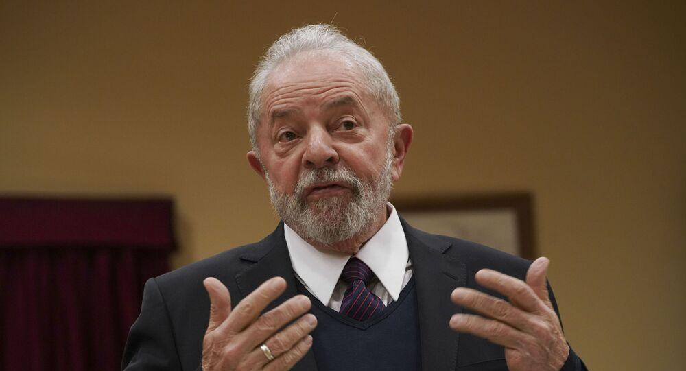 Ex-presidente Luiz Inácio Lula participa de encontro com sindicatos em Roma, na Itália, em fevereiro de 2020