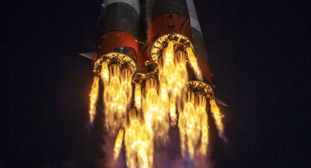 Foguete Soyuz-2-1a portador da nave espacial Soyuz MS-17 é lançado a partir do cosmódromo de Baikonur