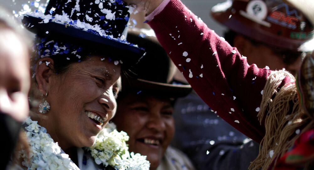 Deputada Hilda Condori, eleita pelo partido Movimento ao Socialismo (MAS), na cidade de El Alto, Bolívia, 19 de outubro de 2020