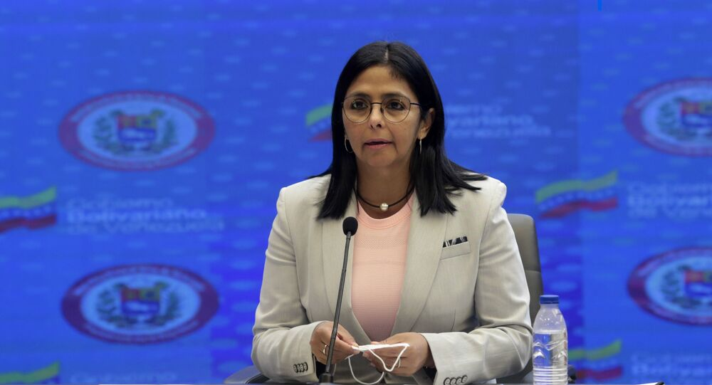 Vice-presidente da Venezuela, Delcy Rodríguez, discursa em rede nacional, no Palácio de Miraflores, Caracas, 18 de junho de 2020
