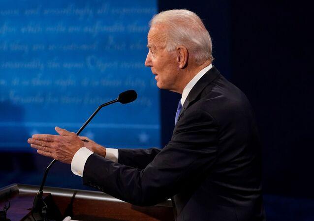 Candidato democrata Joe Biden durante debate com Donald Trump