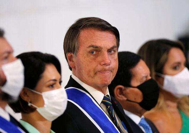 Presidente do Brasil, Jair Bolsonaro em cerimônia de graduação com a Ordem do Rio Branco, no Palácio Itamaraty, Brasília, 22 de outubro de 2020