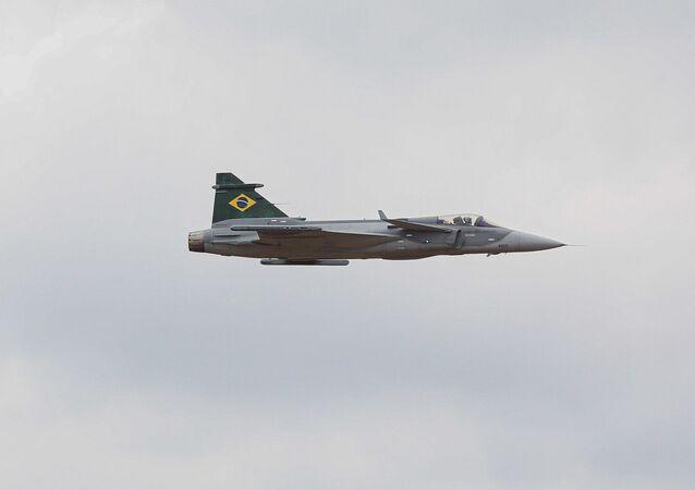 Primeira aeronave multimissão F-39E Gripen é apresentada oficialmente na Base Aérea de Brasília.