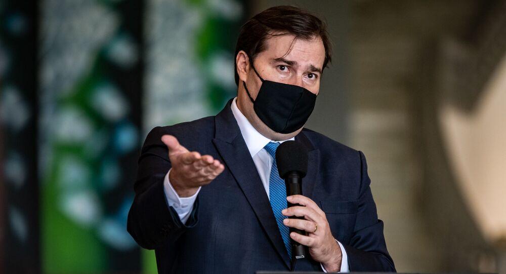 O Presidente da Câmara dos Deputados, Rodrigo Maia, durante entrevista coletiva.