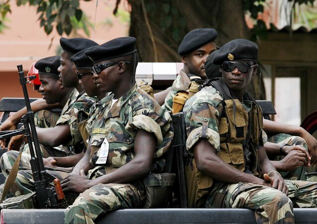 Soldados angolanos