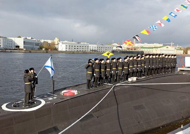 Submarino Volkhov, ou B-603, em sua apresentação oficial na Marinha da Rússia
