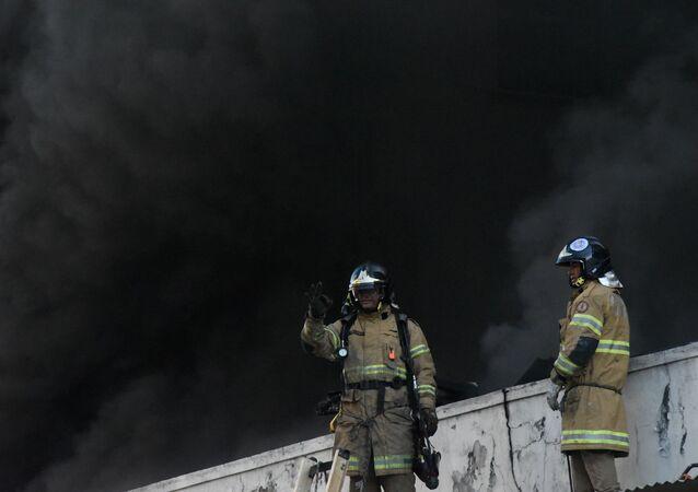 Incêndio atinge Hospital Federal de Bonsucesso, na zona norte do Rio de Janeiro (RJ).