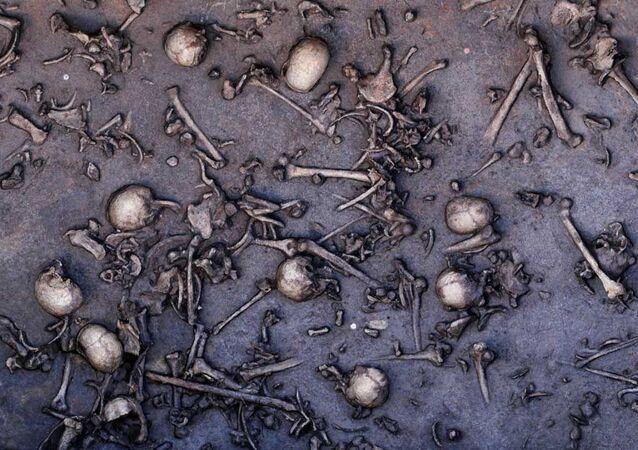 Restos mortais encontrados no sítio arqueológico alemão