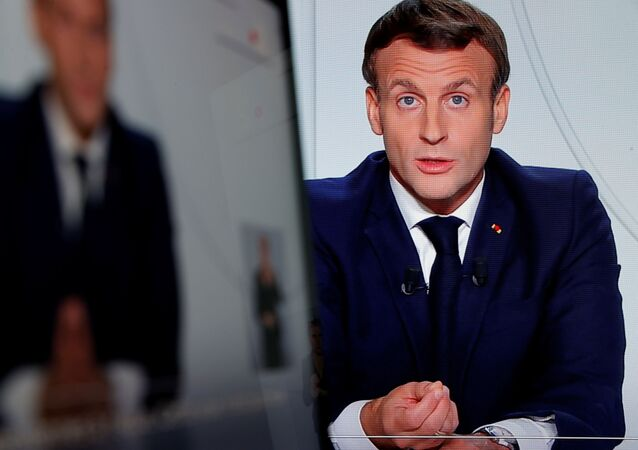 Presidente francês, Emmanuel Macron durante pronunciamento sobre introdução de lockdown no país, 28 de outubro de 2020