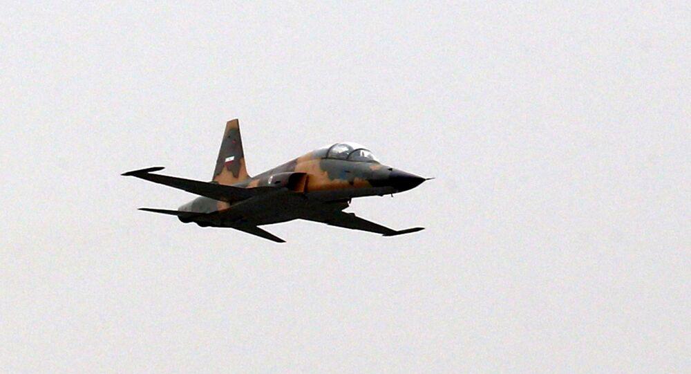 Caça HESA Kowsar da Força Aérea do Irã