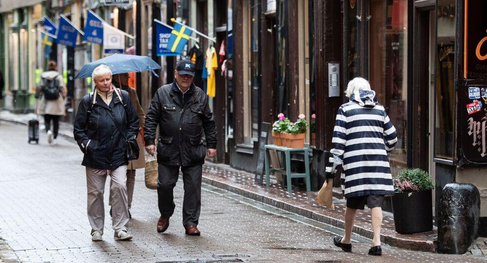 Pessoas passeando por Estocolmo, Suécia, 22 de outubro de 2020