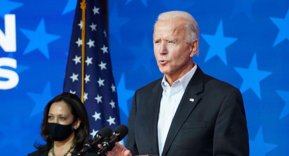 Joe Biden, candidato a presidente dos EUA, discursa ao lado de sua vice, Kamala Harris, em Delaware