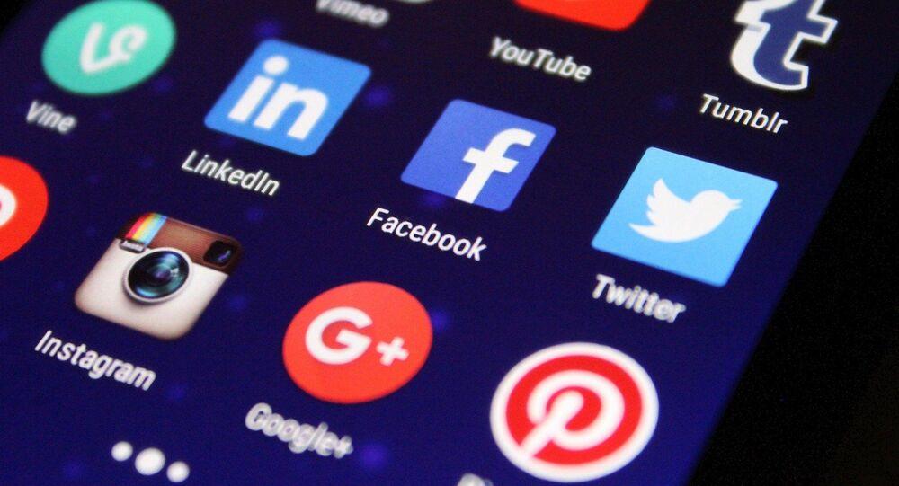As redes sociais estão na mira da CPI da Covid por permitirem que discursos negacionistas sobre a COVID-19 sejam compartilhadas por usuários, incluindo declarações do presidente Jair Bolsonaro