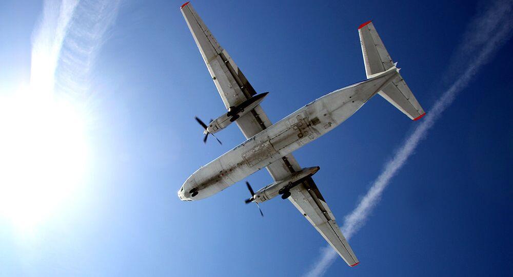 Avião An-30