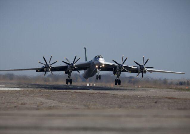 Bombardeiro russo Tu-95MS