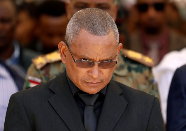 Presidente regional de Tigré, Debretsion Gebremichael, durante cerimônia militar em Melekke, Etiópia, 26 de junho de 2019