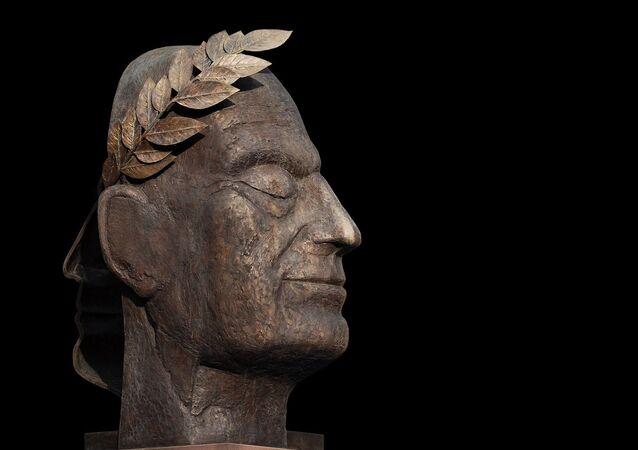 Busto do imperador romano Júlio César (imagem ilustrativa)