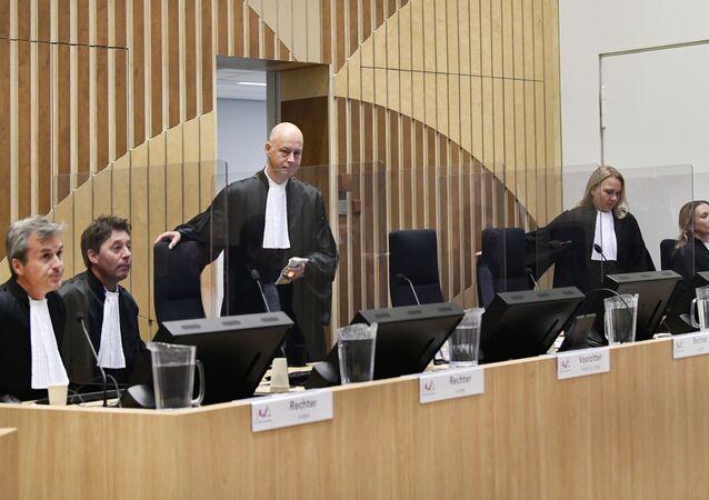 Audiência de julgamento no Complexo Judicial de Schiphol, em Badhoevedorp, província do Norte da Holanda, em 28 de setembro de 2020, sobre o caso do voo MH17 da Malaysia Airlines que caiu na Ucrânia em 2014