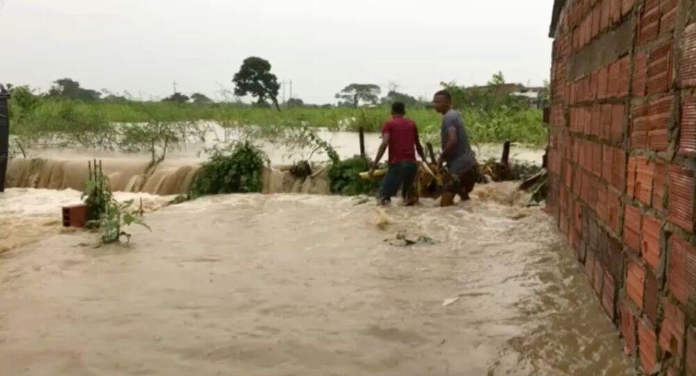 Consequências da passagem do furacão Iota por Cartagena, Colômbia, em 14 de novembro de 2020