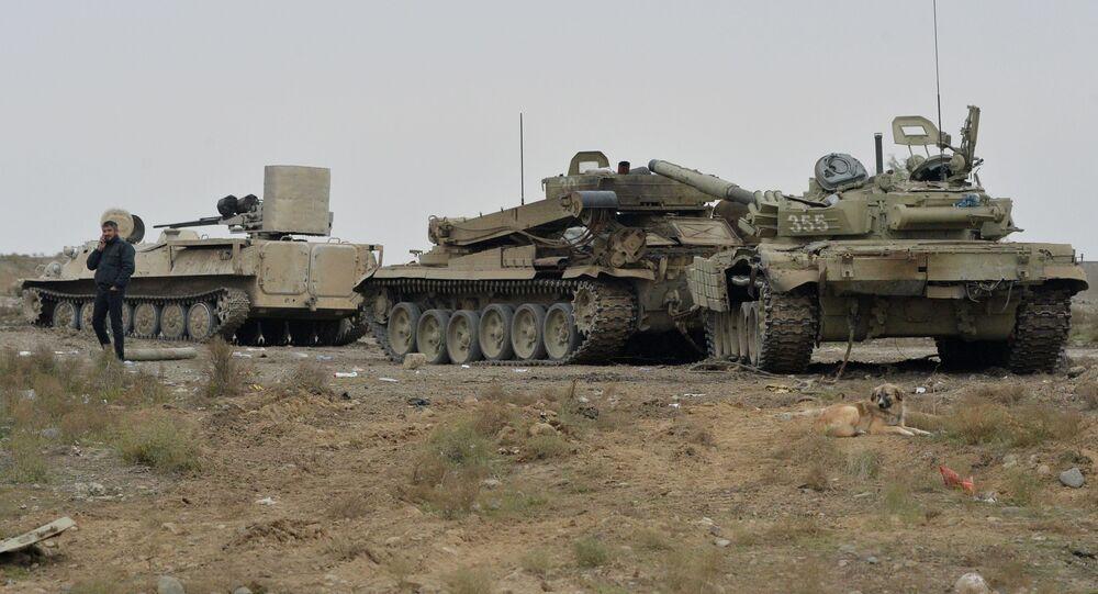 Material militar destruído no distrito de Fizuli, Azerbaijão.