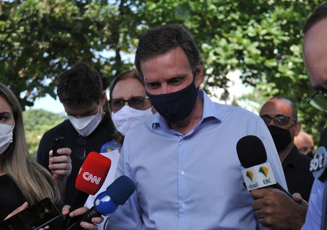 Prefeito e candidato Marcelo Crivella (Republicanos) vota nas eleições 2020, na cidade do Rio de Janeiro
