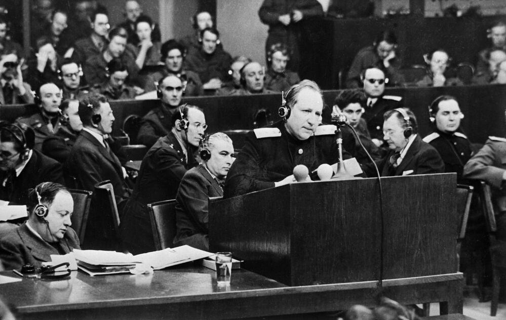 Julgamentos de Nuremberg. Apresentação do procurador principal da URSS Roman Rudenko