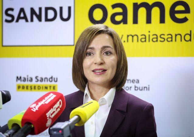 Maia Sandu, vencedora do segundo turno das eleições presidenciais, em entrevista coletiva em Chisinau