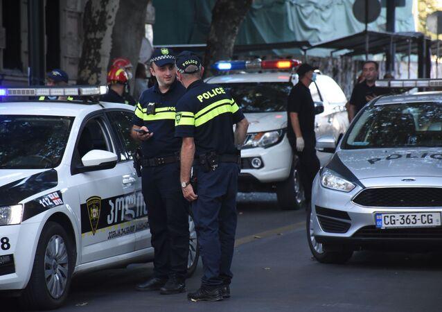 Policiais em Tbilisi, Geórgia (imagem referencial)
