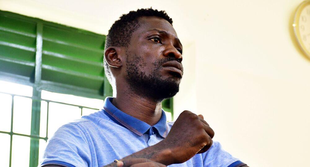 O candidato à presidência de Uganda Robert Kyagulanyi, também conhecido como Bobi Wine