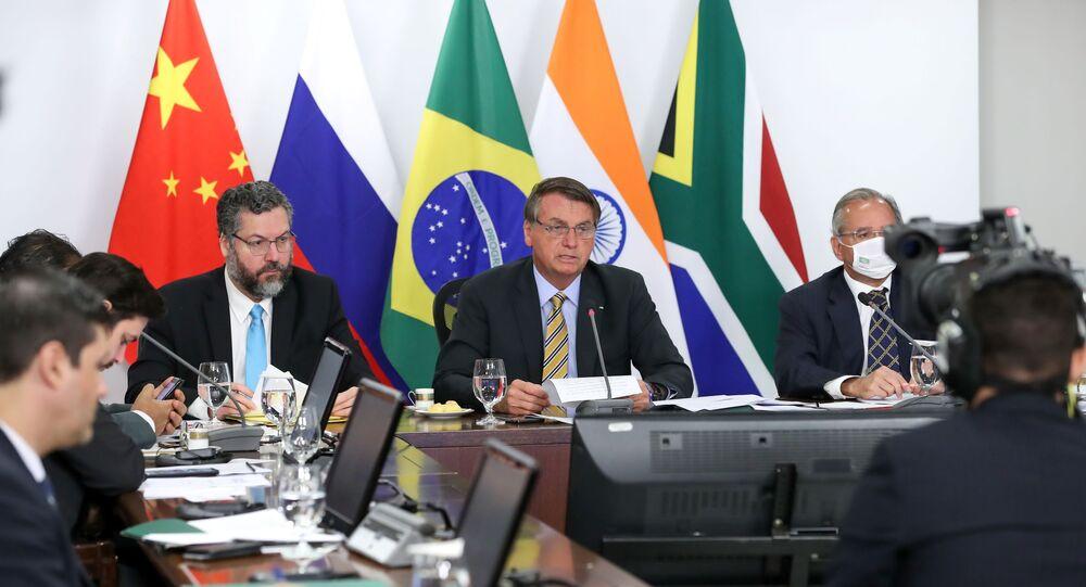 Presidente brasileiro Jair Bolsonaro participa da Cúpula do BRICS de 2020